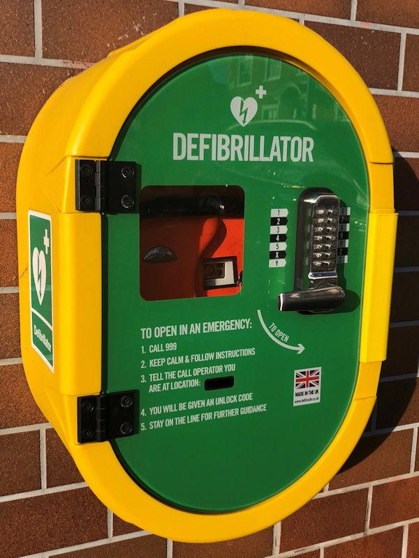 Defibrillator - Photo (c) 2018 Shirley Radford